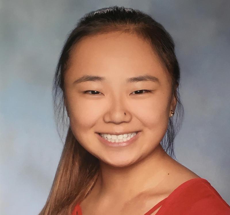 Pianist Elizabeth Yang