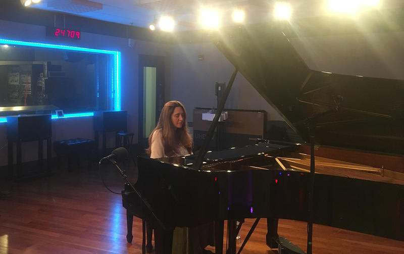 Pianist Simone Dinnerestein performing live on WRTI 90.1