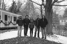Trigger Happy (featuring Joan Osborne, Jackie Green & Steve Gorman)