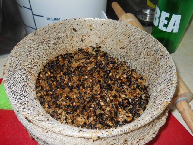 After crushed hops, oats, and barley are stewed in the brew, the spent grains are removed. Homebrewer Jon Peck added them to his homemade bread recipe.