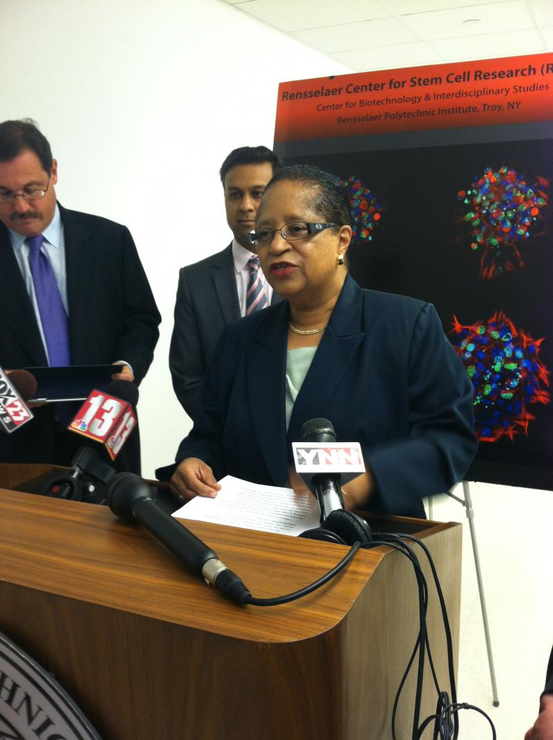 Rensselaer Polytechnic Institute President Dr. Shirley Ann Jackson unveils the new Stem Cell Research Center.