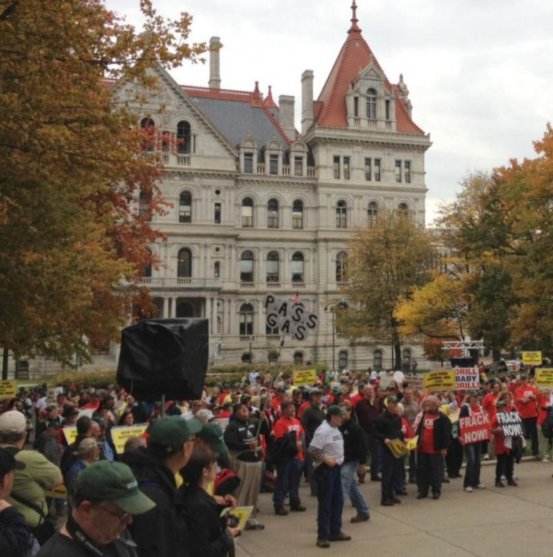 Pro-frackers, including state Senator Tom Libous, rally at the state Capitol