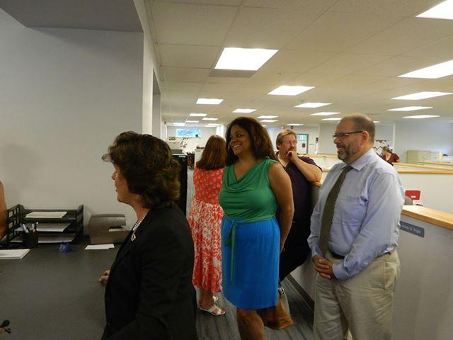 Mayor Stephanie Miner submits her signatures to officially be on the ballot in September