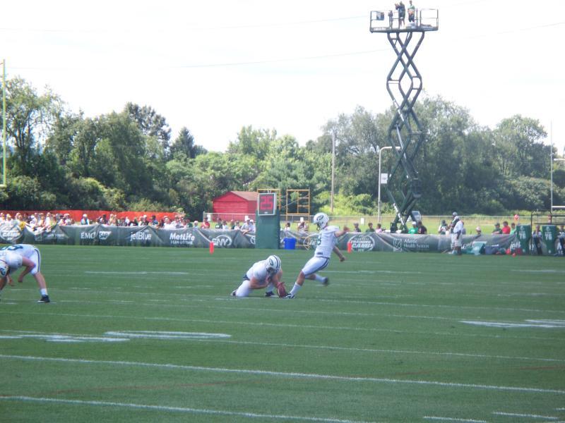 A NY Jets kicker prepares takes aim.