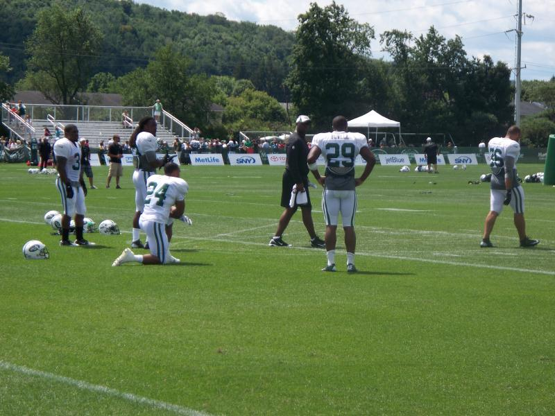 NY Jets players practice during pre-season training camp at SUNY Cortland.