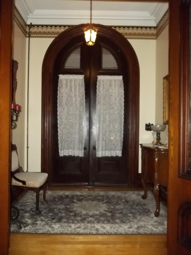 The Farnam Mansion's foyer.