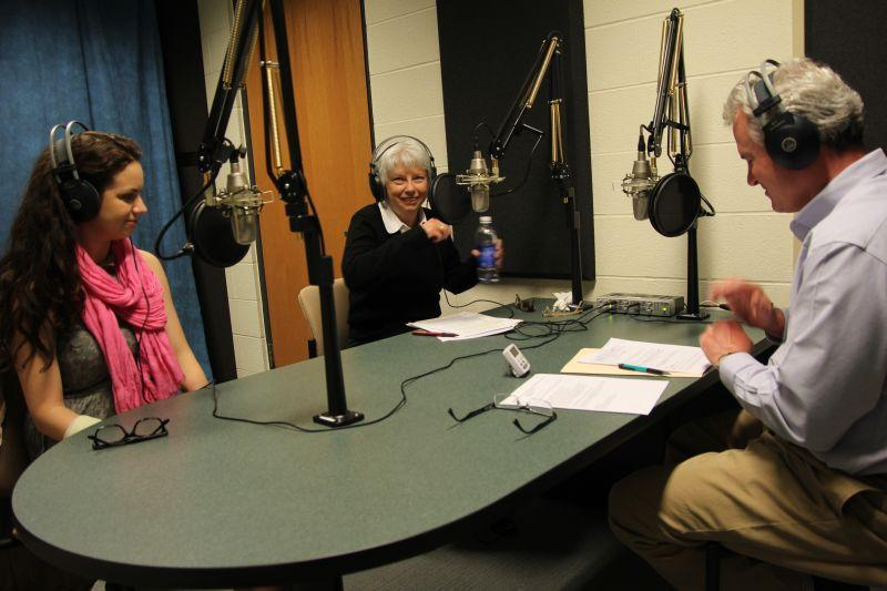 Campbell Conversations host Grant Reeher speaks with Syracuse University senior Alexandra Curtis (left), a particpant in the Elect Her initiative and Kathleen Gore (right) with the American Association of University Women, a sponsor of Elect Her