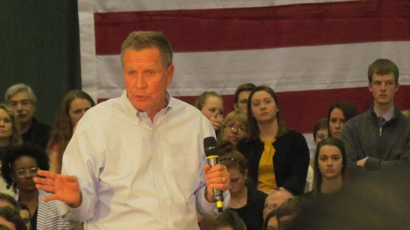 Gov. John Kasich answers questions at a town hall at Le Moyne College Friday night.