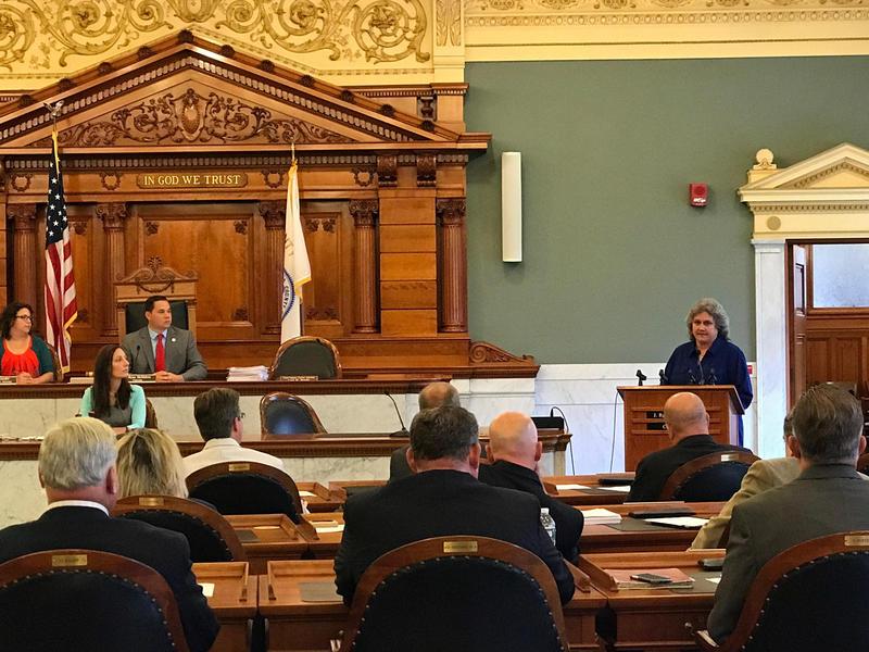 Onondaga County Corrections Sgt. Kathy Zabinski speaks before the Onondaga County Legislature Thursday