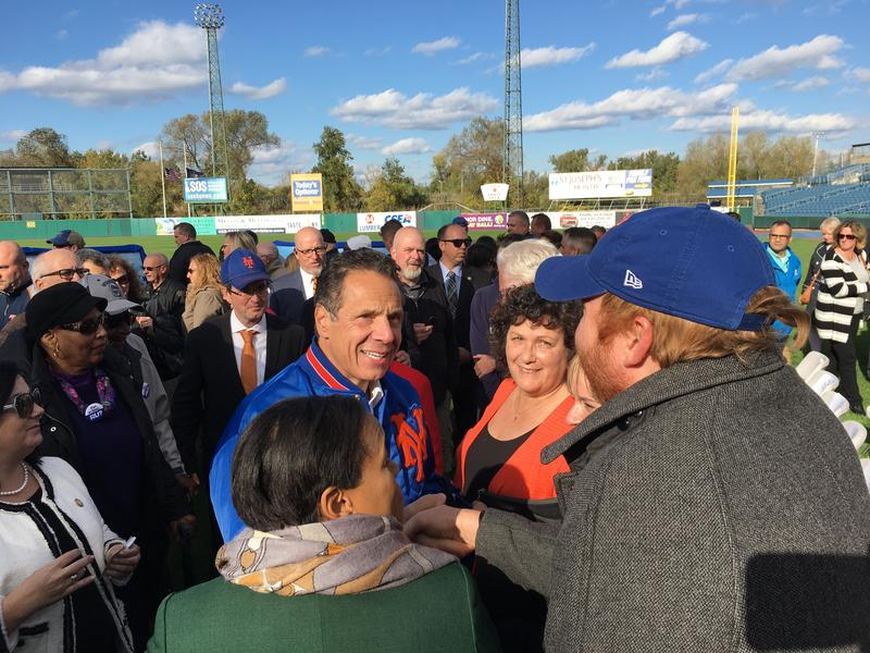 Gov. Andrew Cuomo announces a deal with the New York Mets.
