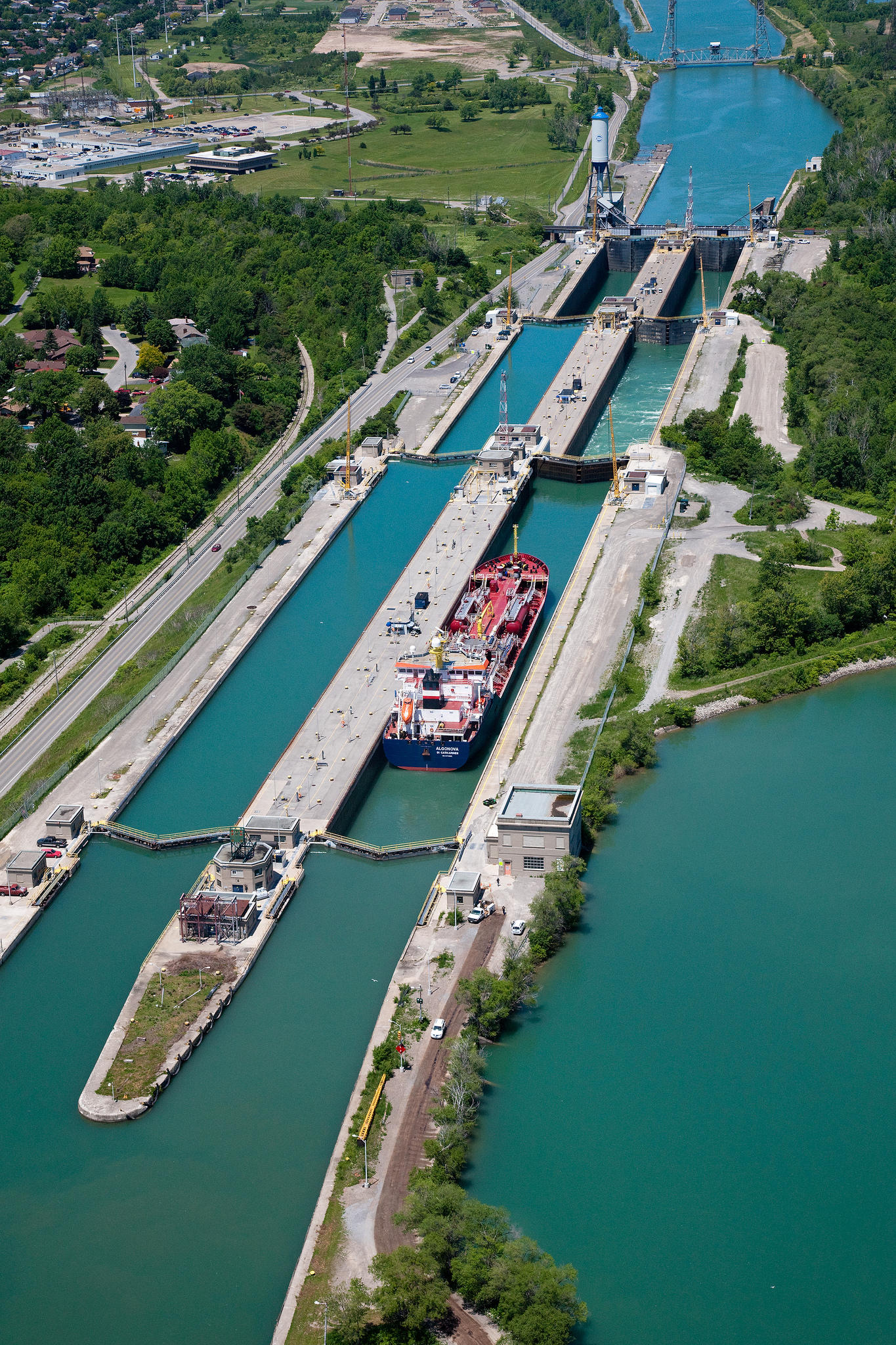 High water levels impacting shipping industry on the St. Lawrence ...