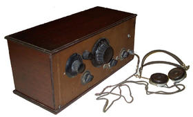 Early 1920s kit or home made radio.