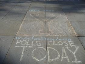 Sidewalk chalk at Yale, encouraging support for the divestment campaign