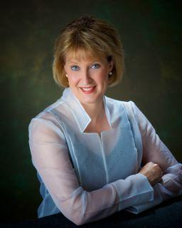 Connie Chase, Music Director of the Connecticut Chamber Choir