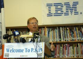 IBM International Foundation president Stanley Litow will chair New York panel evaluating Common Core implementation.  File photo, 2005