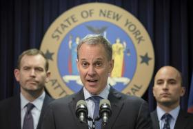 New York Attorney General Eric Schneiderman plans to offer $40,000 in free loans to homeowners trying to stop foreclosure