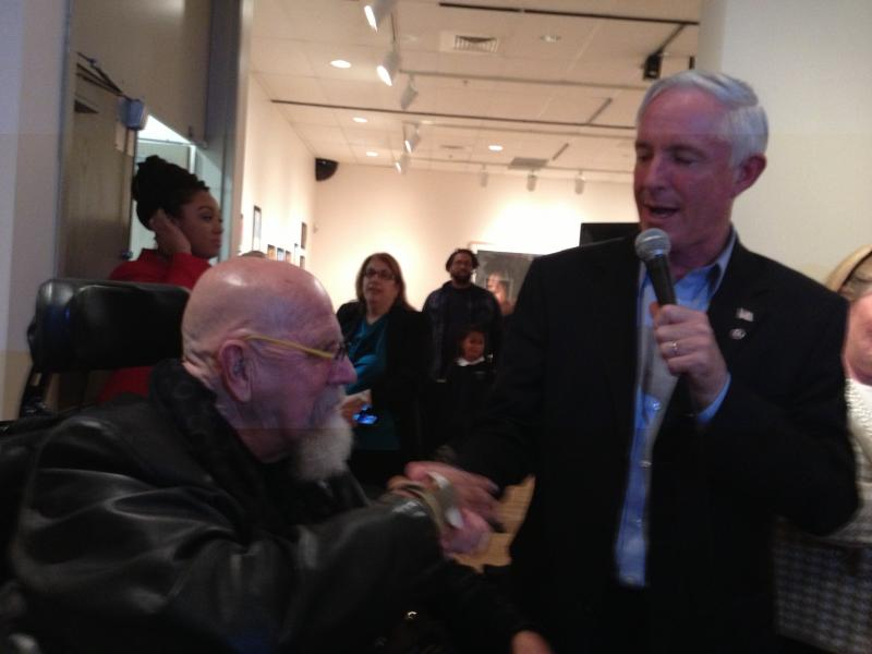 Bridgeport Mayor Bill Finch gives the key to the city to Chuck Close
