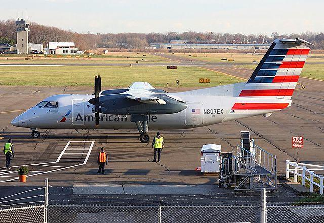 An American Eagle Dash 8 at Tweed New Haven Airport in 2016.