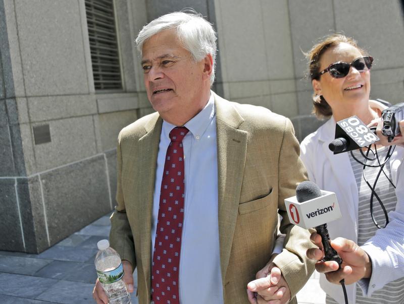 Dean Skelos leaves federal court with his wife Gail Skelos in New York last week.