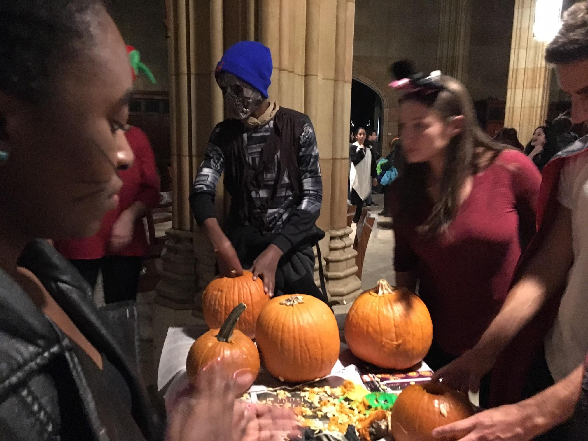 Yale Students Throw Halloween Party For Refugee Kids | WSHU