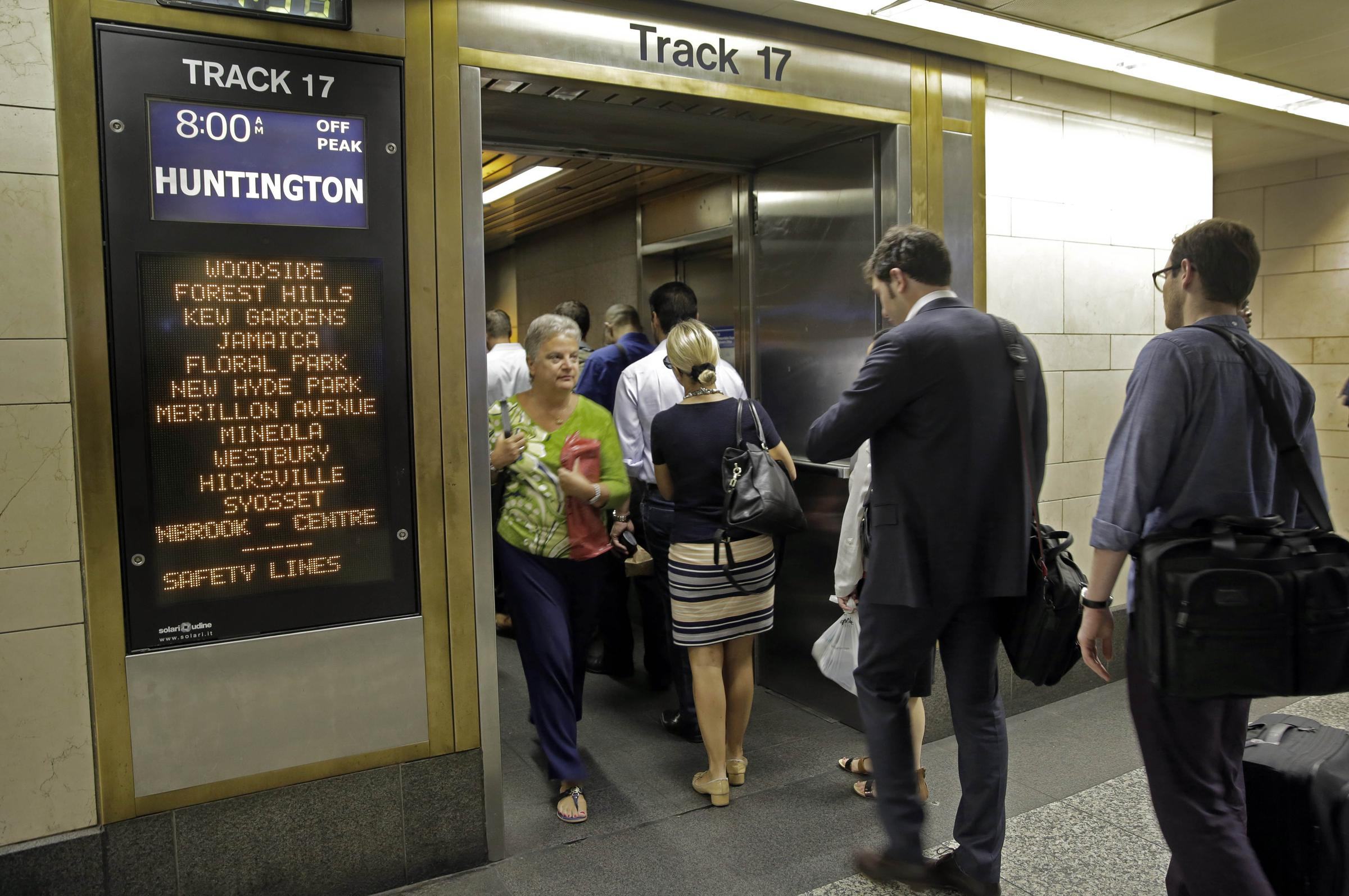 Ferries, buses to be used to ease Penn Station summer crunch