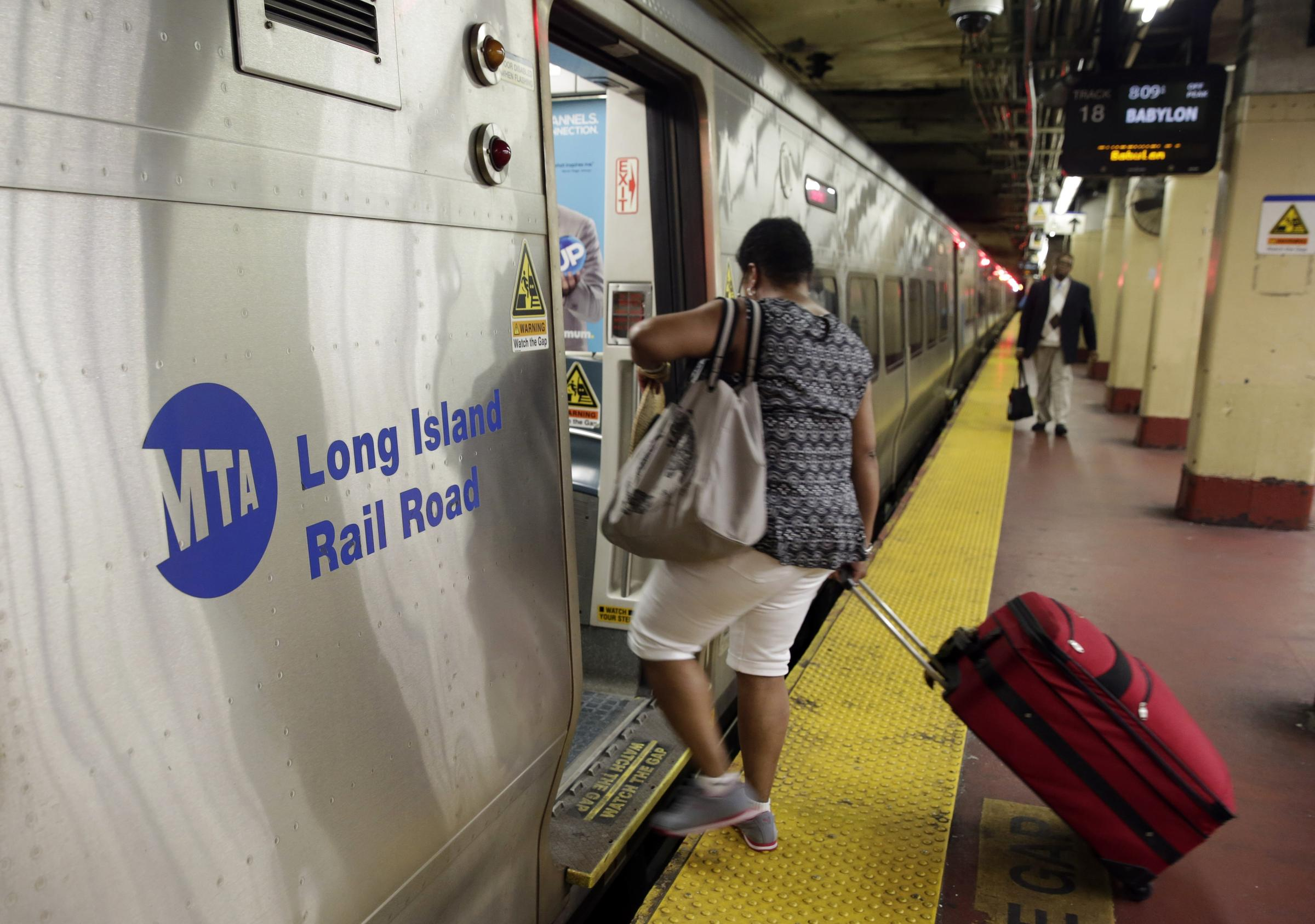 Limited LIRR Long Beach Branch Service Restored After Disabled Train Forces Suspension