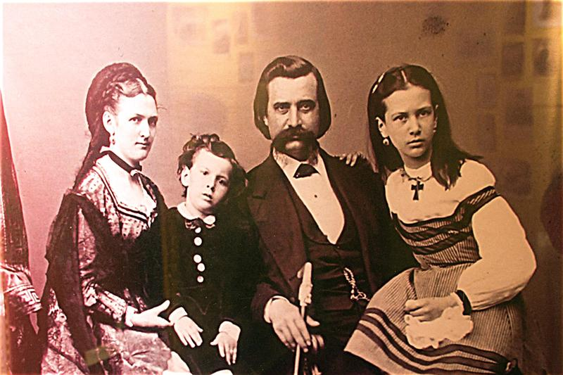 General John A. Logan With His Family.  Photo Courtesy Of The Logan Museum In Murphysboro.