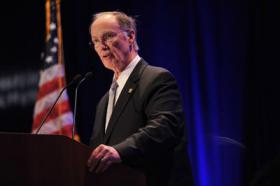 Alabama Gov. Robert Bentley speaks at the Birmingham Business Alliance 2012 Governor's Luncheon.