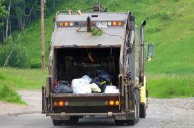"""""""Move Over Alabama"""" law for emergency and service vehicles would extend to garbage trucks."""