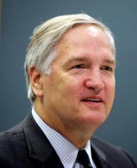 Attorney General Luther Strange wants an appeals court to reconsider its ruling striking down Alabama's sexual misconduct law.