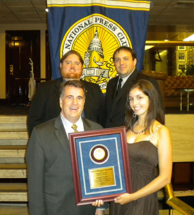 APR News Team with Award