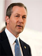 Republican House Speaker Mike Hubbard supports legislation that would give local school systems more flexibility in determining their rules and regulations.