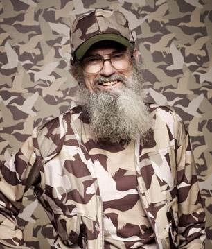 "Silas ""Uncle Si"" Robertson is one of two stars from the popular reality TV show ""Duck Dynasty"" who'll attend an event in Auburn."