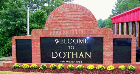 Dothan City Commissioners will soon vote on new rules regulating digital billboards and portable signs.