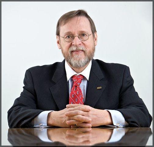 Randall Marshall