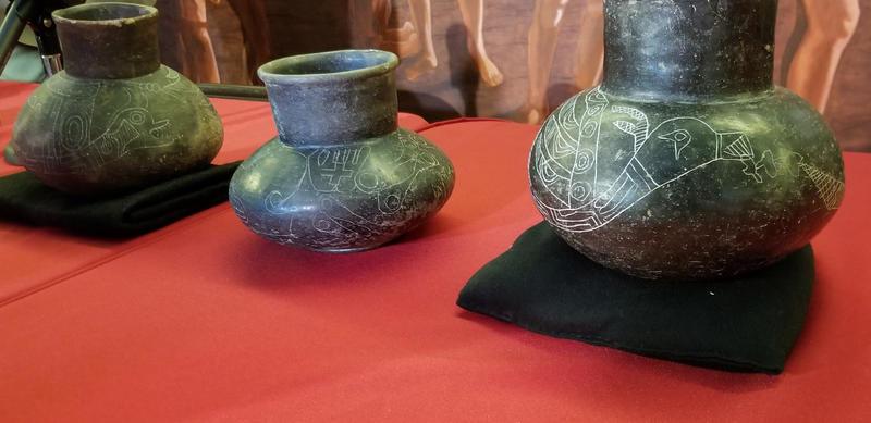 Moundville pots