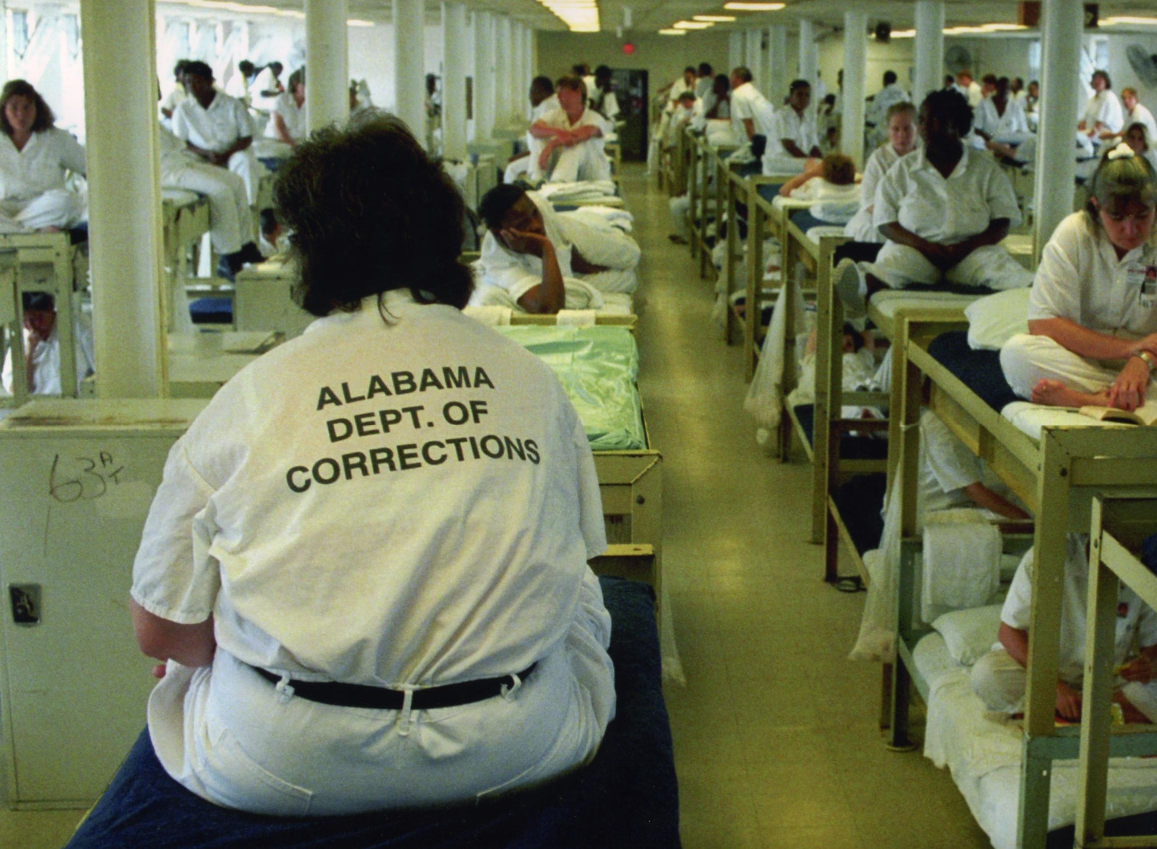 prison overcrowding essay alabama prison overcrowding alabama  alabama prison overcrowding alabama public radio alabama arrests down but prison crowding remains