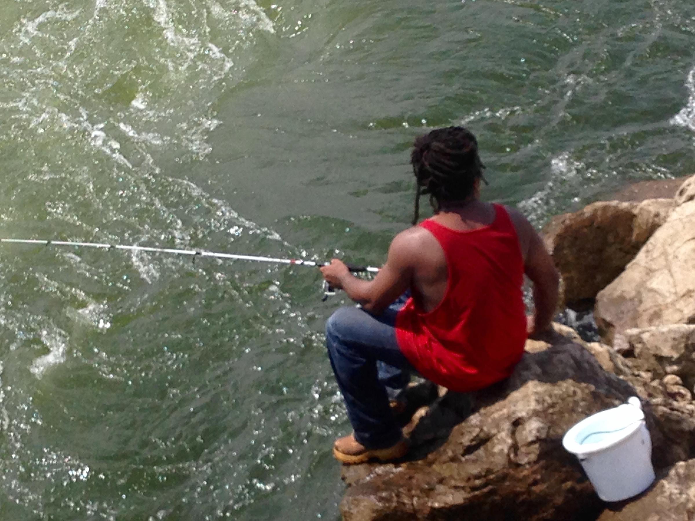 Where the water flows alabama public radio for Logan martin lake fishing report