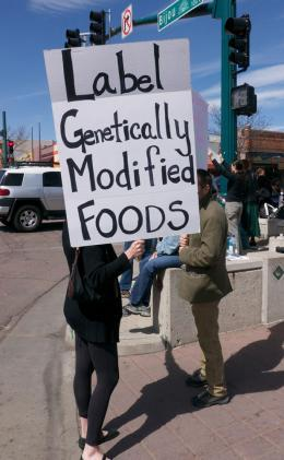 Labeling advocates in Colorado are hoping to get an initiative on the 2014 ballot that would require the labeling of genetically engineered foods.