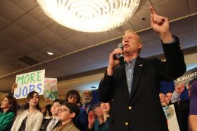 Fresh from his win, the GOP gubernatorial candidate Bruce Rauner didn't mention government unions in his acceptance speech.