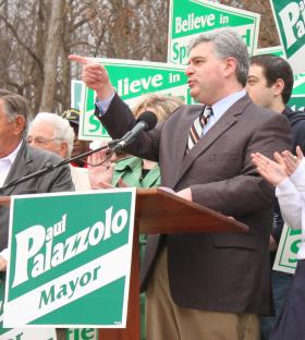 Palazzolo at Lincoln Park during his official announcement seeking office of Springfield mayor.