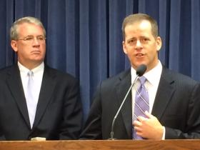 GOP candidate for Attorney General Paul Schimpf (right) flanked by Illinois GOP top brass House Minority Leader Jim Durkin (R-Western Springs). Schimpf says current Attorney General Lisa Madigan has too much Democratic party loyalty to pursue corruption in the state.
