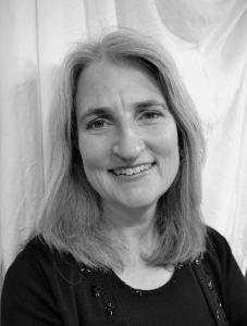 Dr. Elizabeth Zobel