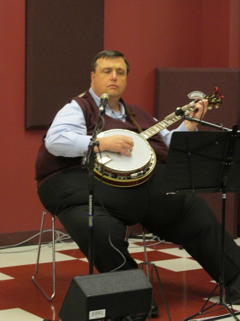 Don Wright on banjo