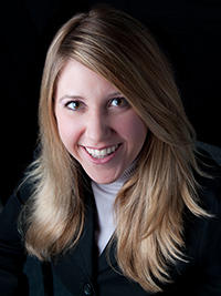 Amanda Vinicky headshot