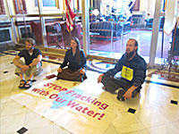 Protesters seeking a moratorium on fracking in Illinois stationed themselves outside the governor's office.