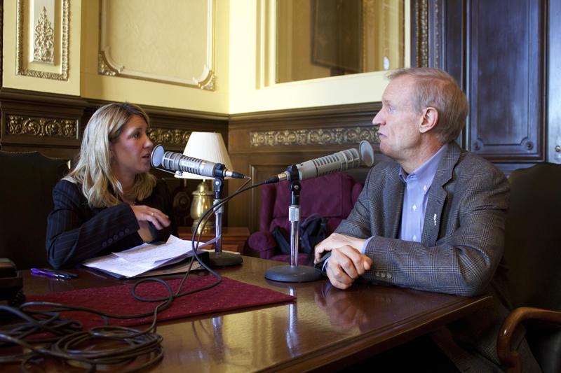 Amanda Vinicky interviewing Bruce Rauner
