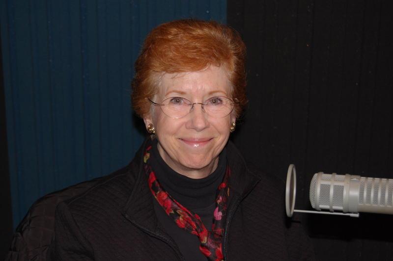 Claire Eberley headshot