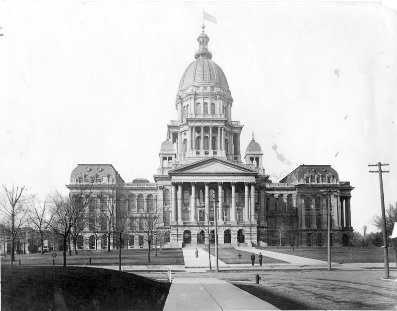 State Capitol 100 years ago.
