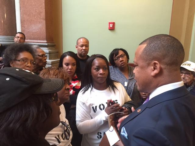 advocates confront Ken Dunkin